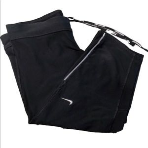 Nike run Capri shorts size Medium black
